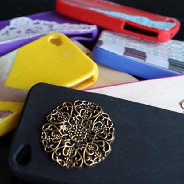 4 Ways to Dress Up Your iPhone