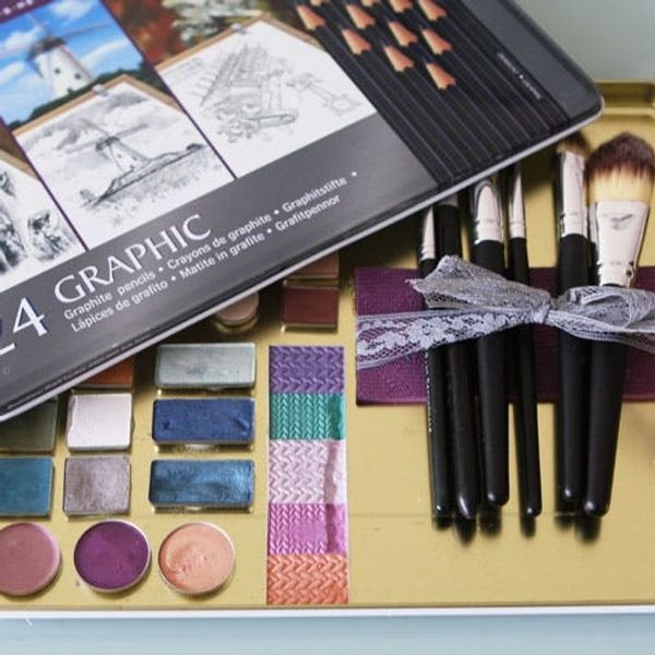 DIY Custom Makeup Palette