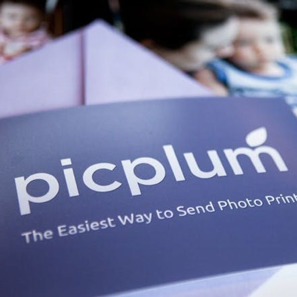 Friday Giveaway: Free Photo Prints From Picplum