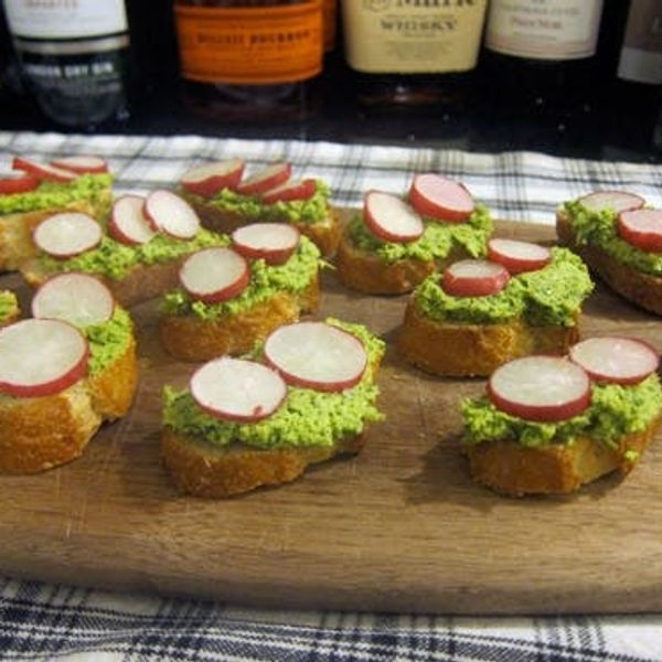 Radish Soybean Crostini