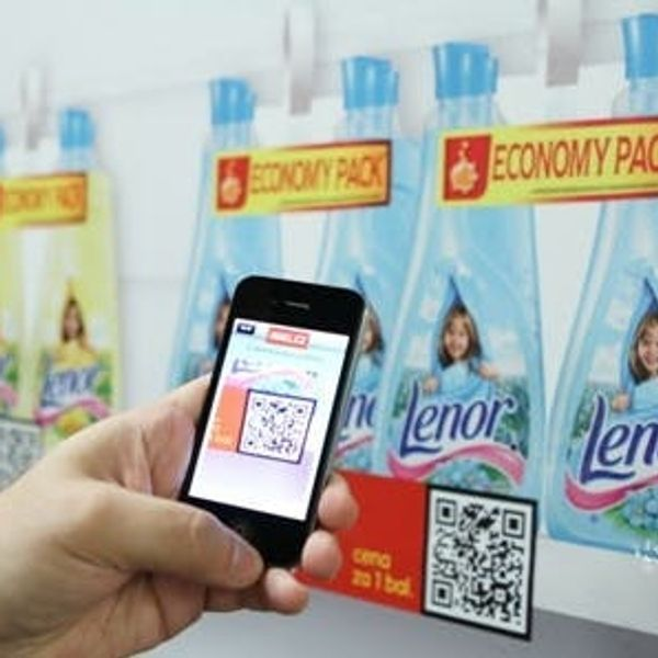 Watch This Trend: Virtual Grocery Shopping Via Smartphones & Wallpaper