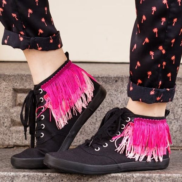 How to Fringe Up Your Sneaks in Under 5 Minutes