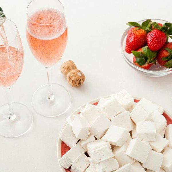 Bring on the Bubbly: How to Make Champagne Marshmallows