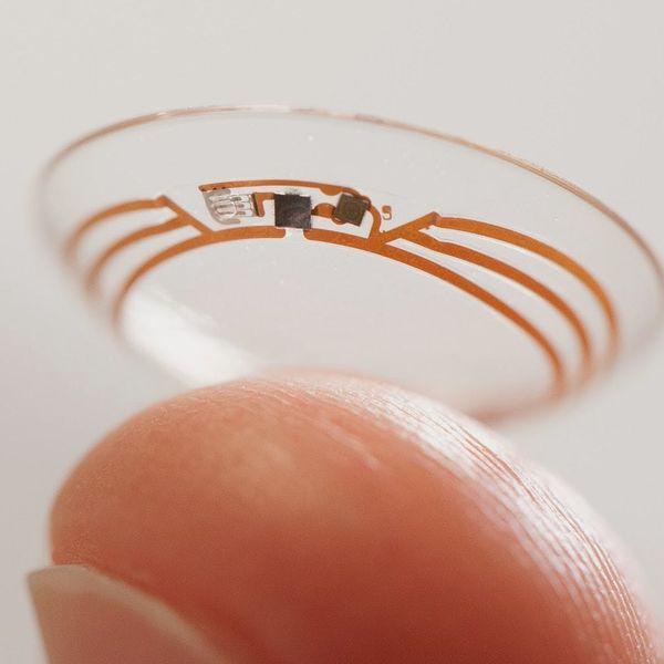 """Google Introduces the """"Smart Contact Lens"""" #weliveinthefuture"""