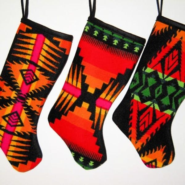 10 Stockings Made for Modern Mantels