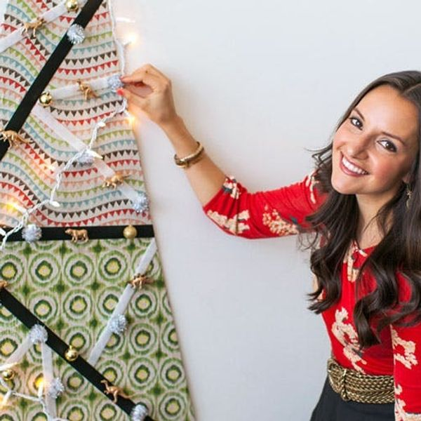 Holiday Hacks: DIY Wall Tree Fit For Small Spaces