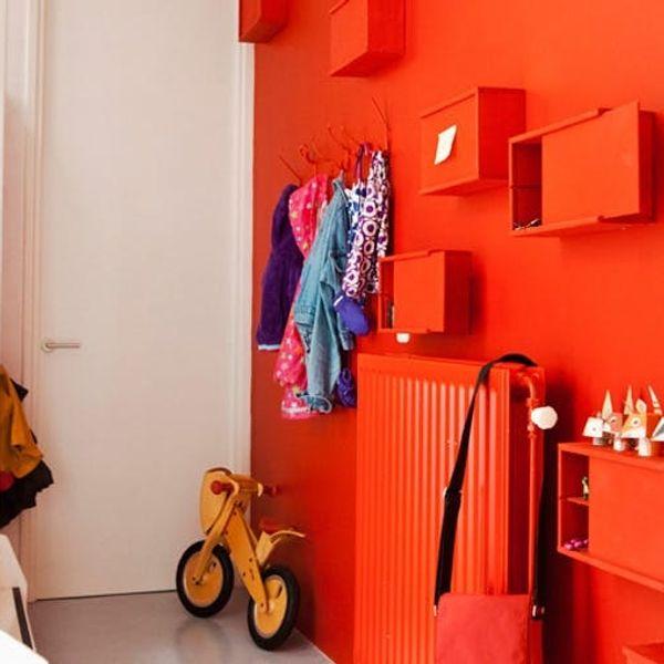10 Ideas to Make Your Shelves Pop