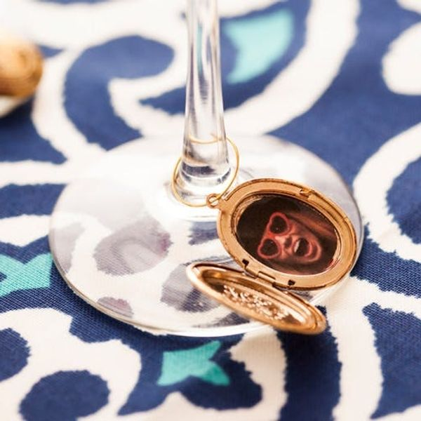 Party Tricks: Turn Old Lockets Into Photo Place Cards