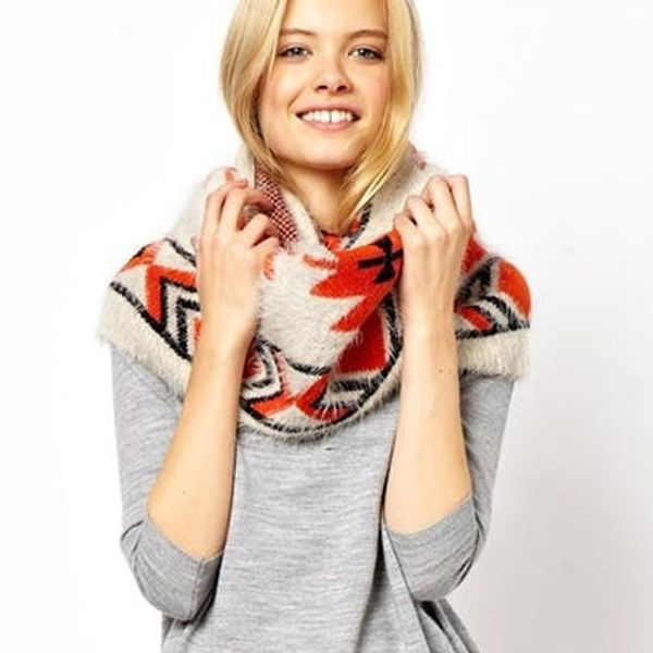 30 Cozy Circle Scarves, Cowls, and Snoods