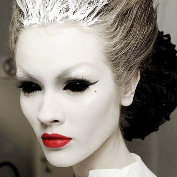 11 (Pretty) Scary Costume Ideas