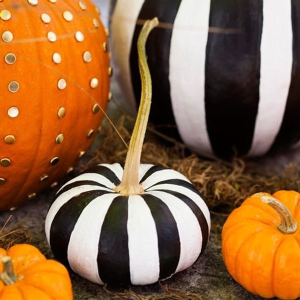 2 Ways to Make Chic No-Carve Pumpkins