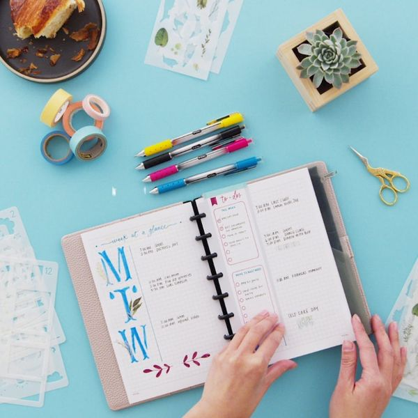 Check Out This Simple Cheat Sheet to Bullet Journaling Like a Boss