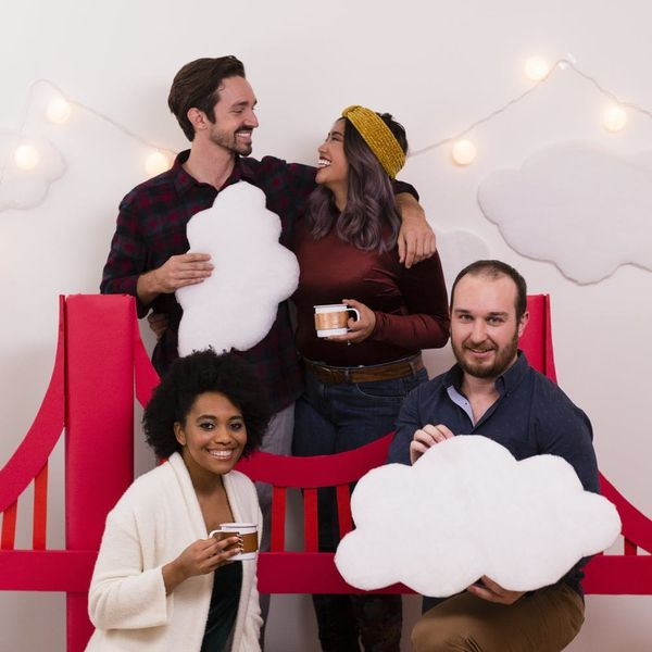 Got Long-Distance Family? This Holiday Photo Booth Idea is Calling Your Name