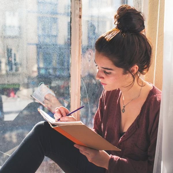6 Writers Share How They Use Gratitude Journaling to Shift Their Mindsets
