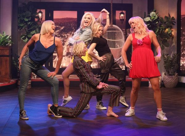 Busy Philipps Recreated the Famous 'White Chicks' Dance Battleand It's a Must-Watch