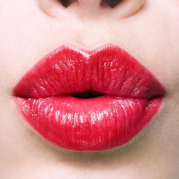 4 Easy Makeup Tips for Thin Lips