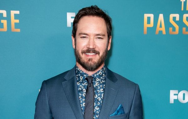 Mark-Paul Gosselaar Reveals He Once Dated This 'Saved by the Bell' Costar