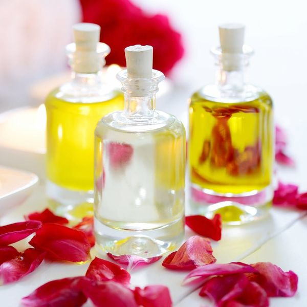 6 Essential Oils for a Flawless Face
