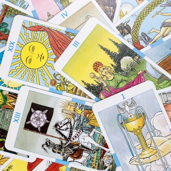 How Using Tarot Cards Can Help You Meet Your Goals Each Month