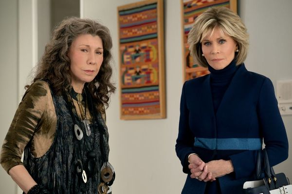 Brit + Co's Weekly Entertainment Planner: Winter TV Kickoff, 'Grace and Frankie,' and More!