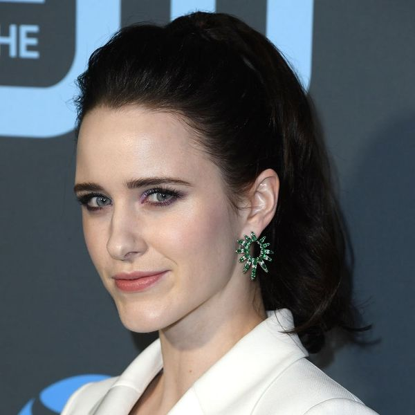 Rachel Brosnahan's 2019 Critics' Choice Awards Hair and Makeup Relied on Only Drugstore Products