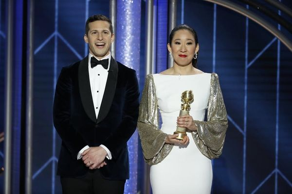 Andy Samberg Cried Backstage When Golden Globes Co-Host Sandra Oh Won