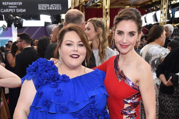 Alison Brie and Chrissy Metz Address Those Rumors About Drama at the 2019 Golden Globes