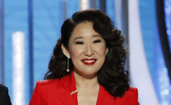 Sandra Oh Celebrated Hollywood's 'Moment of Change' at the 2019 Golden Globes