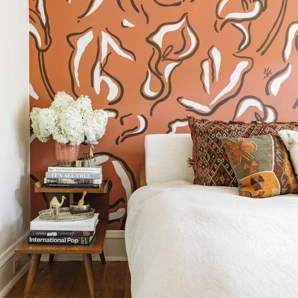 This Room Makeover Will Make You Rethink Murals for 2019