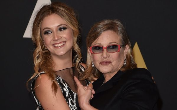 Billie Lourd Honors Late Mom Carrie Fisher With a Song on the Anniversary of Her Death