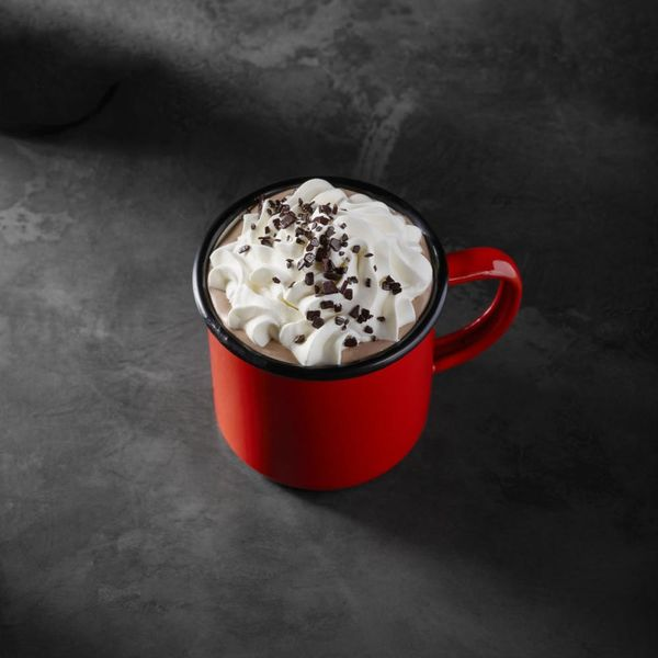 Starbucks' New Year's Drinks Dress Up Chocolate in a Stunning Way