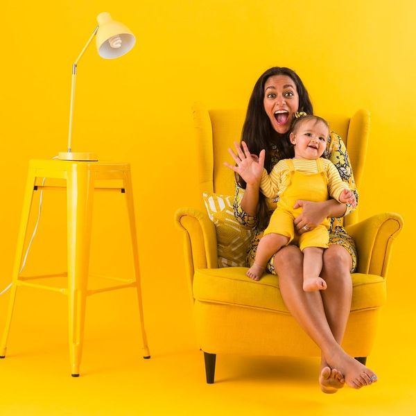 Insta-Inspo: This Mother-Daughter Photoshoot Idea Is Made for Color Lovers