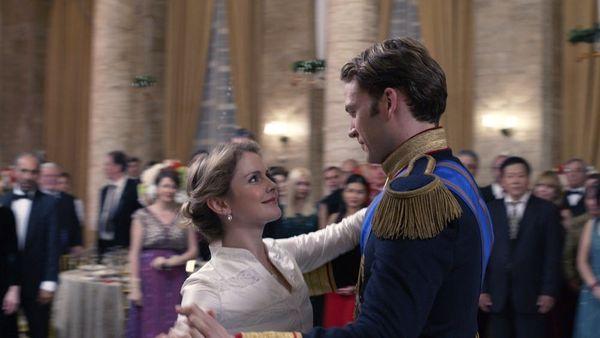 30 Thoughts I Had While Watching Netflix's 'A Christmas Prince: The Royal Wedding'