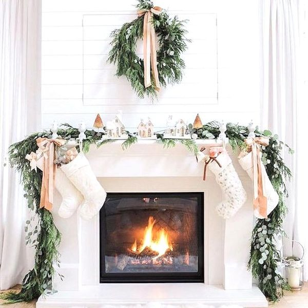 The Holiday Farmhouse Decor Trend We're Copying from Instagram