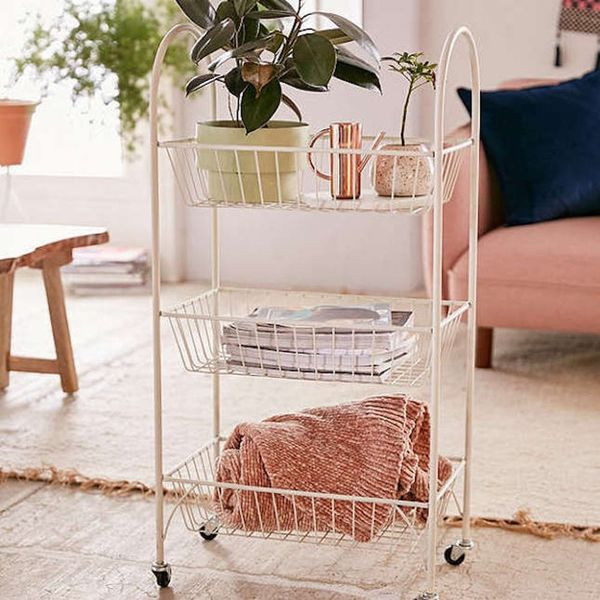 Score Extra Storage With These 13 Smart Bedroom Furniture Ideas