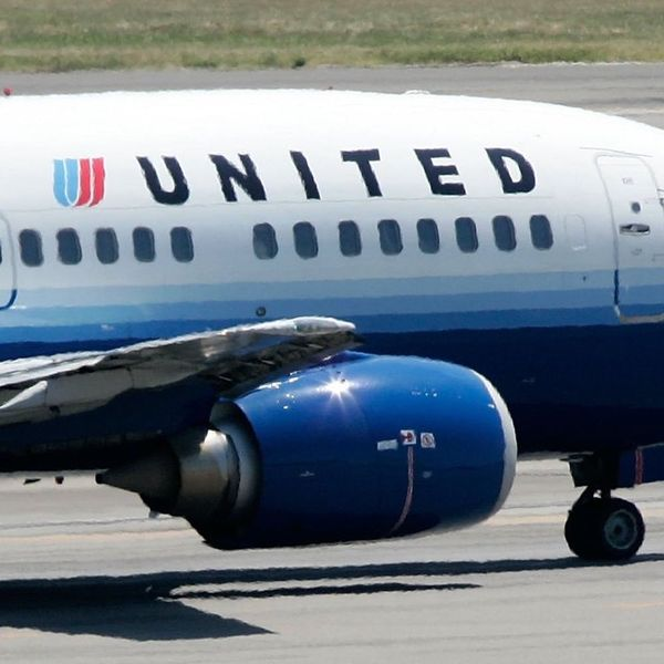 United Airlines Is in Hot Water for Refusing to Let Tween Girls Board Their Flight While Wearing Leggings