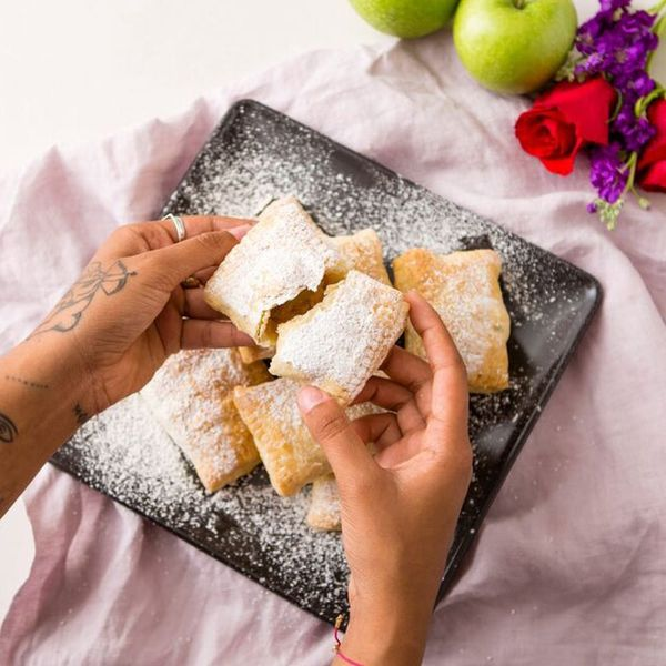 This Vegan Apple Hand Pies Recipe Is So Good You Won't Even Miss the Butter