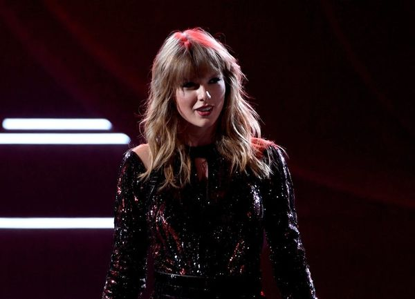 Taylor Swift Makes One More Push to Urge Fans to Vote in the Midterm Elections