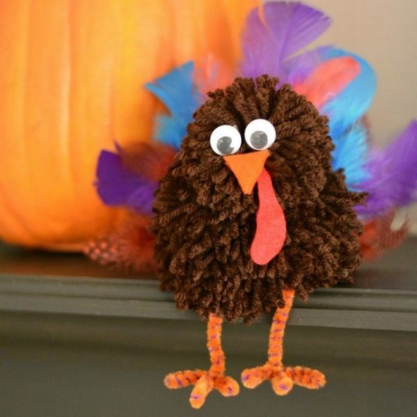 8 Creative Thanksgiving Turkey Crafts for Kids