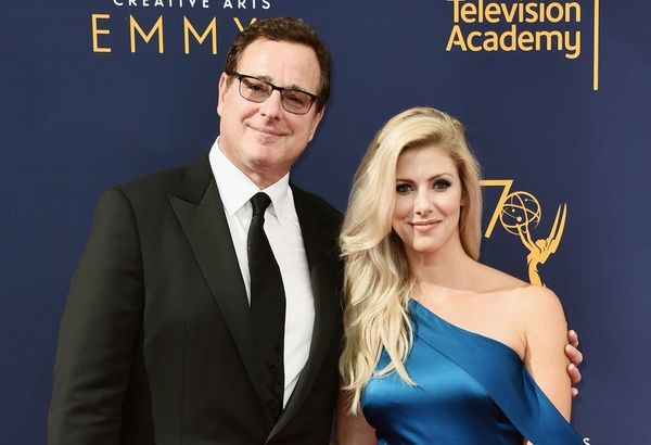 'Fuller House' Star Bob Saget Marries Kelly Rizzo in a Beautiful Beach Wedding