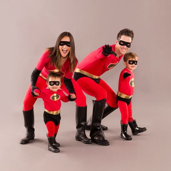 This Last-Minute 'Incredibles' Halloween Costume Is Family #Goals