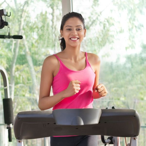 5 Reasons to Skip the Gym and Work Out at Home