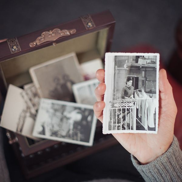 When Nostalgia Becomes Unhealthy, According to a Clinical Psychologist