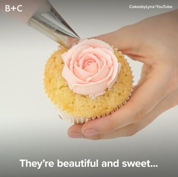 Frosting Flowers Are WAY Better Than the Real Deal