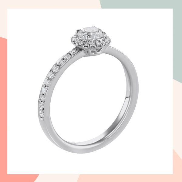 How to Create the Custom Engagement Ring of Your Dreams