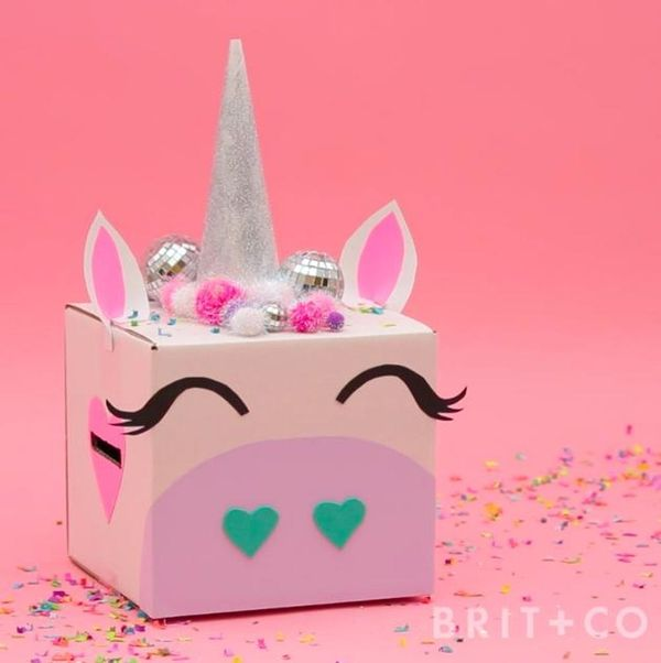 How to DIY a Unicorn Valentine's Box