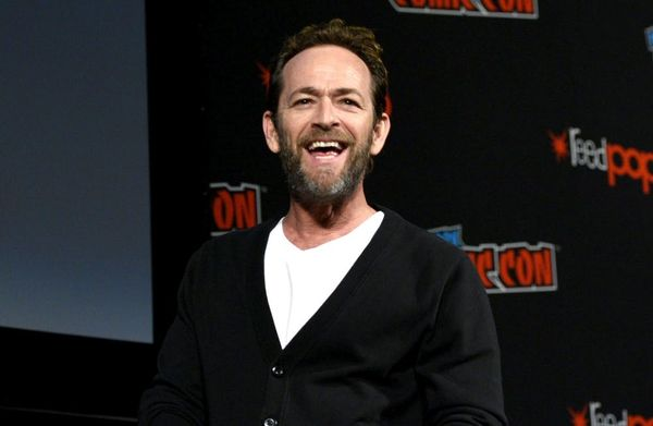 Colin Hanks Shared the Sweetest Story About Luke Perry's Kindness on an Airplane