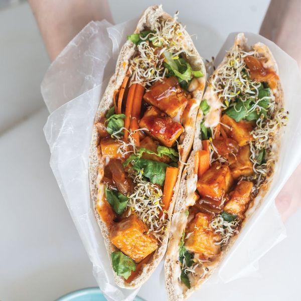 These BBQ Tofu-Stuffed Pita Pockets Let You Keep Vegan on a Budget