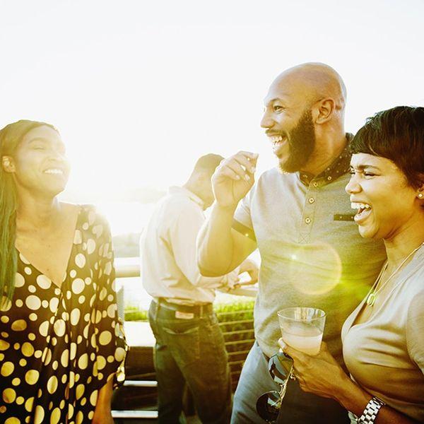 10 Interesting Conversation Starters to Make Mingling Easier