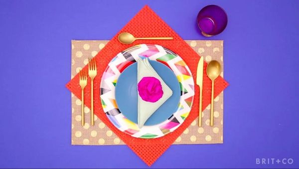 How To Set Your Table Like a Pro